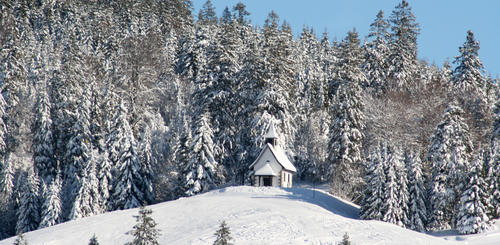 Winterliche Kapelle