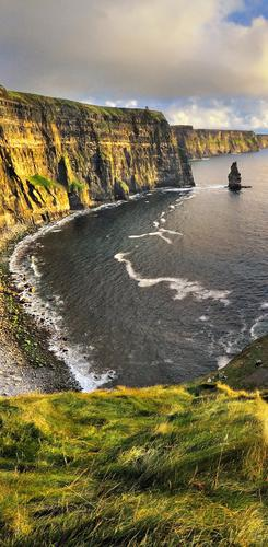 Die Cliffs of Moher am Abend