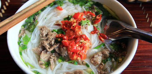 Traditionell vietnamesische Suppe