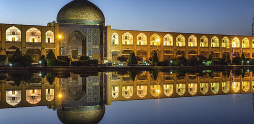 Sheikh Lotf Allah Mosque in Isfahan