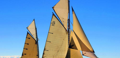 Cannes traditionelles Segelschiff
