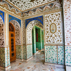 Traditionelles persisches Design im Golestan Palast