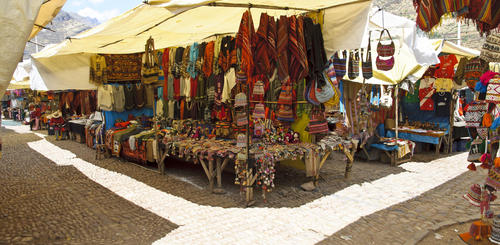 Traditioneller Markt in Pisac